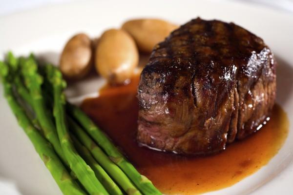 Как говядину сделать мягкой и сочной при жарке и тушении - проверенные способы в домашних условиях с фото