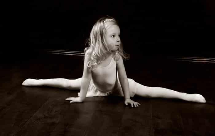Подходящий возраст для растяжки на шпагат ребёнка