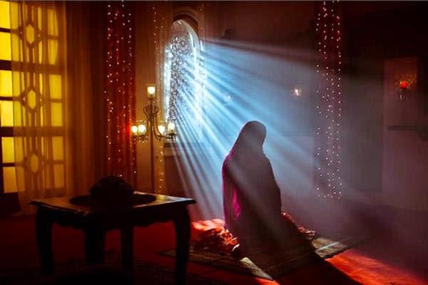 berdoa-muslimah