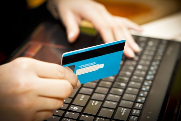 Как взять кредит на карту быстро