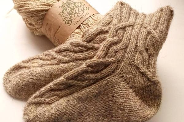 Как связать носки на пяти спицах