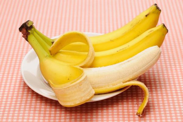 Сколько калорий в банане